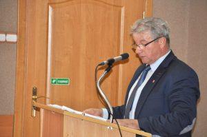 Przewodniczący Pawlak wyraźnie mówi o tym, że zgoda na rozbudowę mleczarni w tym miejscu to błąd